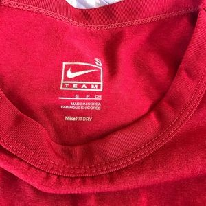 Tops - Nike long sleeve dry fit work out shirt